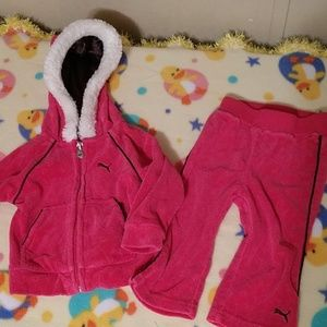 Puma hoodie with matching pants track suit 6-9 m